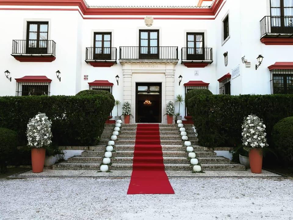 Decoración Hacienda «El Pinar» y Capilla de Vistahermosa